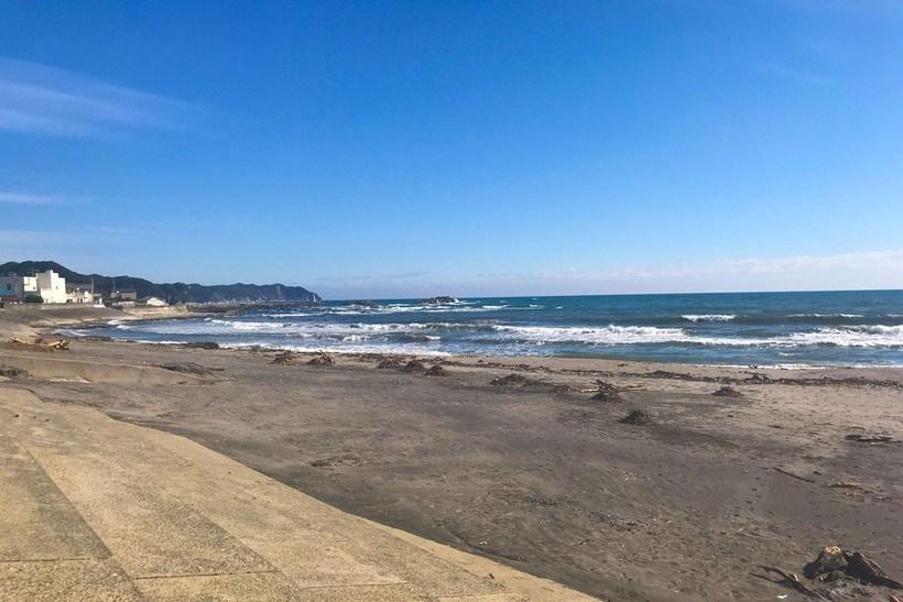 二タ間海岸(千葉県鴨川市)