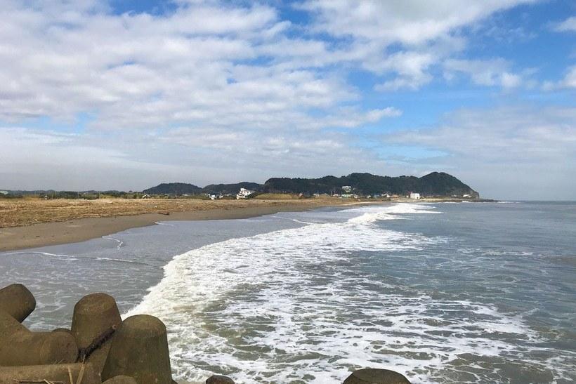 いすみ川を挟んで大原海水浴場・和泉浦海岸とは反対側のサーフ