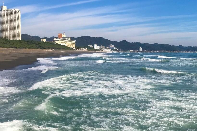 波がある日に釣れやすい