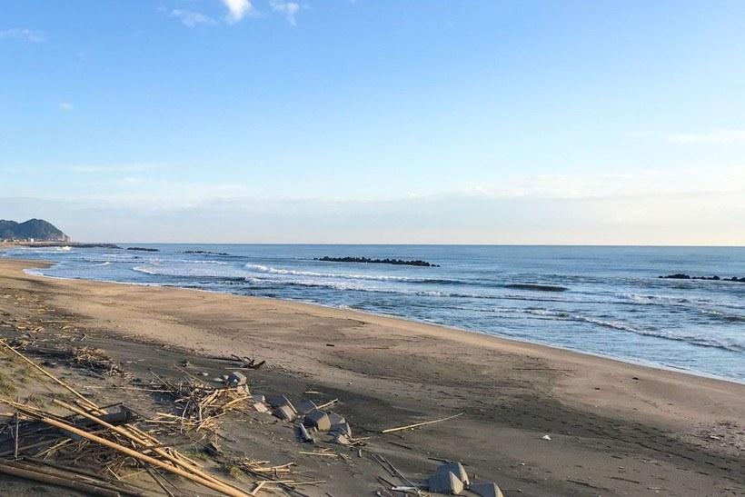サーフとゴロタ浜のエギングのポイント