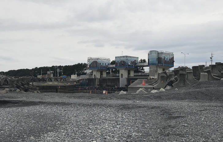 大谷川の水門