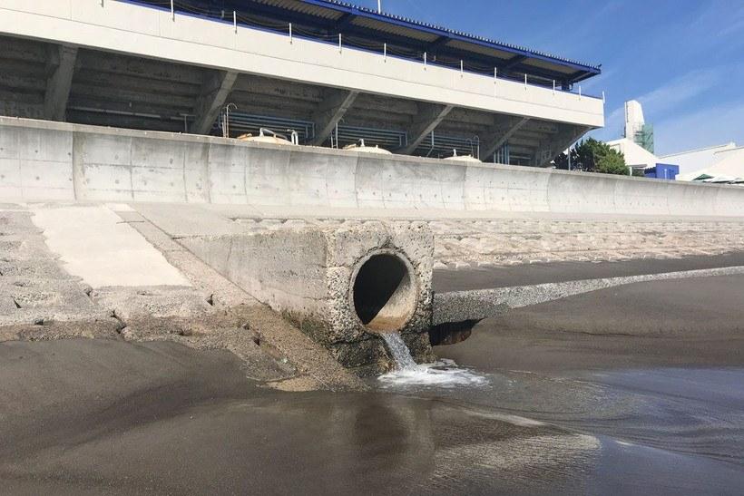 鴨川シーワールド北側の流れ込み