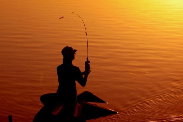 嶋田仁正さんからシーバスの釣り方を学べる動画