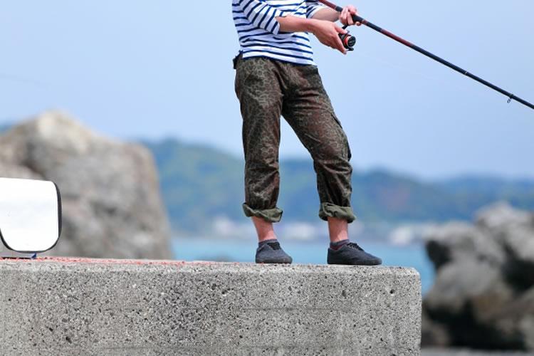 泳がせの釣り方の基本とコツ(飲ませ釣り)